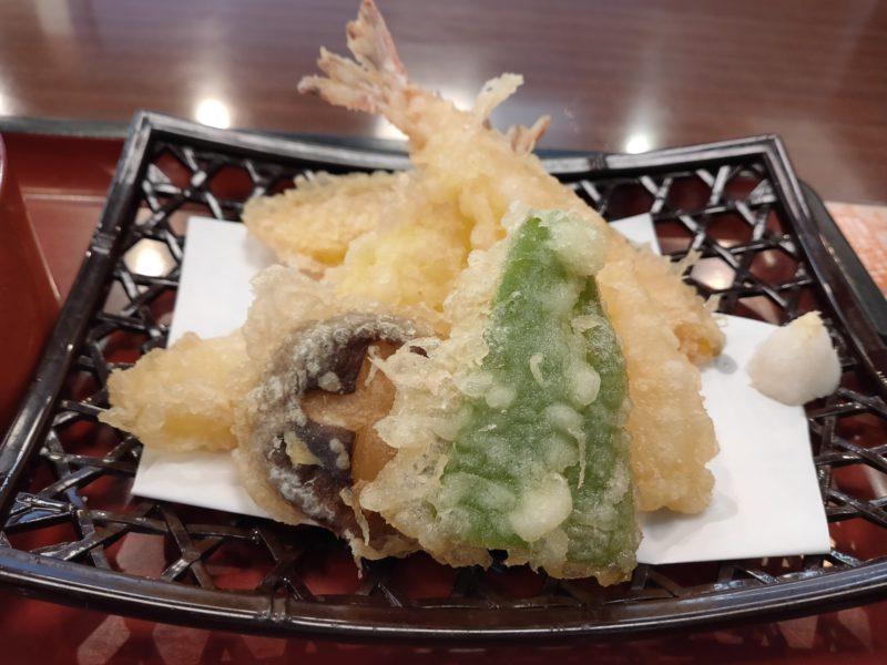 RenoA_食事写真1